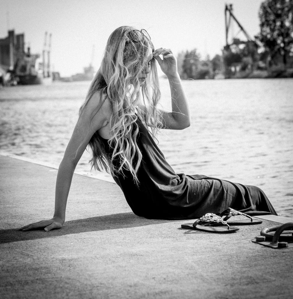 Mode fotografering i svart-vit vintage i halmstad nissan